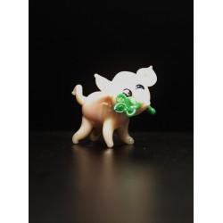 Pig with cloverleaf