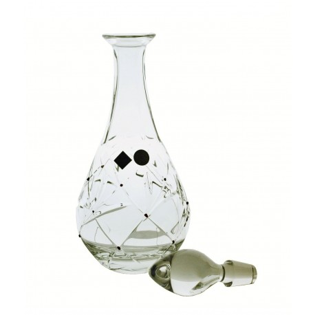 Decanter with garnets
