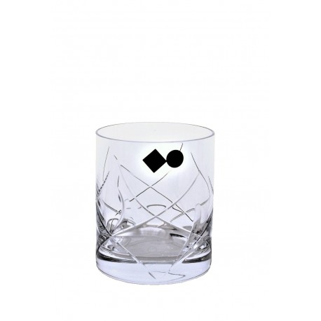 Whisky glasses leafs